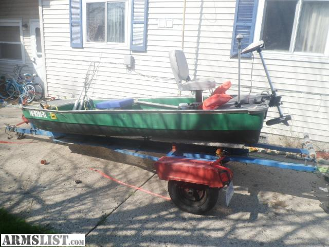 Coleman Crawdad 12 FT Boat http://www.armslist.com/posts/343258/indianiapolis-indiana-misc-for-sale-trade--12-foot-john-boat-w-trailer-and-trolling-motor