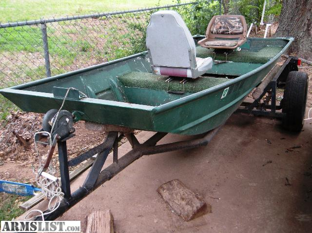 Armslist for sale trade 12 39 lowe flat bottom boat for Flat bottom fishing boats