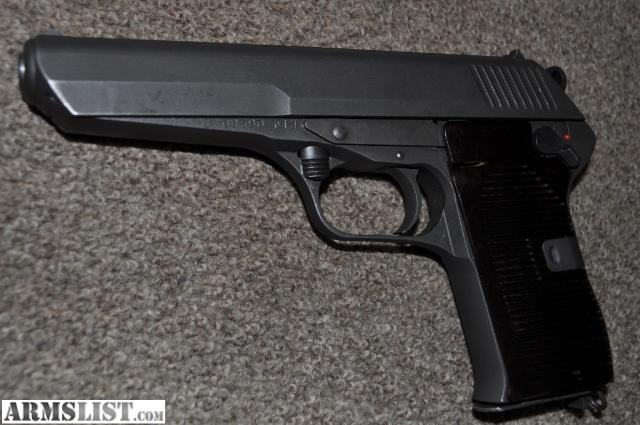 7_62 X 25 http://www.armslist.com/posts/490971/chattanooga-tennessee-handguns-for-sale-trade--cz-52-tokarev-7-62-x-25-pistol-with-holster