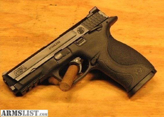 Smith & Wesson M&P Pistol 40 S&W Full Size, Excellent condition ...