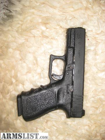 Glock 19 Adjustable Rear Sight http://www.armslist.com/posts/704484/winston-salem-handguns-for-sale--glock-19-adjustable-rear-sights