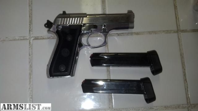 Report illegal firearms640