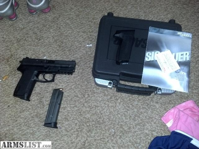 SP2022 Grip http://www.armslist.com/posts/999257/indianiapolis-indiana-handguns-for-sale-trade--sig-sauer-sp2022-2mags--hard-case--interchangeable-grip