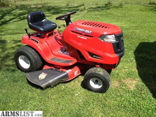 armslist for sale trade riding mower lawn tractor 42 cutting 2 blades 17 5 h p barn shed. Black Bedroom Furniture Sets. Home Design Ideas