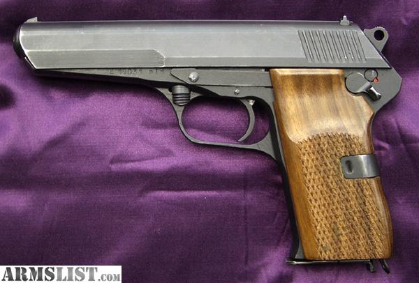 7_62 X 25 http://www.armslist.com/posts/1386413/pittsburgh-pennsylvania-handguns-want-to-buy--cz-52-wanted-7-62-x-25