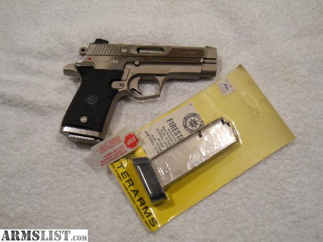 For Sale: COMPACT STAINLESS 40 CAL PISTOL