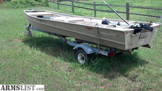 Armslist for sale trade 14 39 flat bottom boat for Flat bottom fishing boats