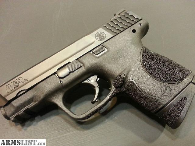 Smith and Wesson MP 40 Compact