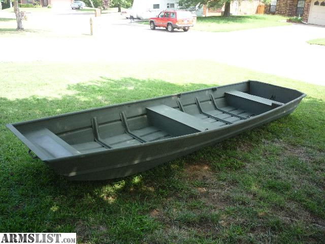 Flat bottom aluminum fishing boats