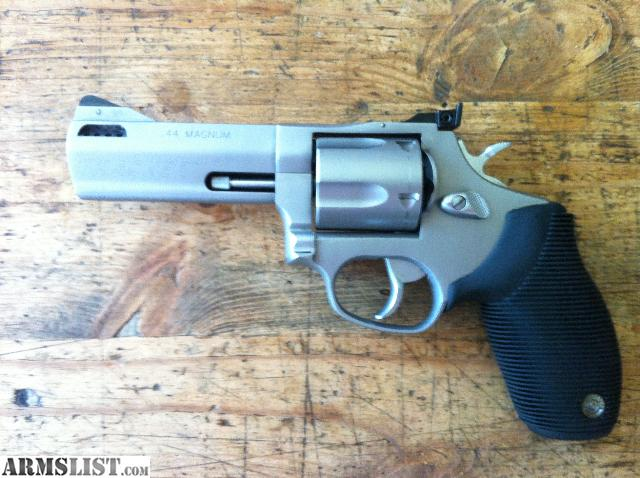 armslist for sale taurus tracker 44 magnum stainless. Black Bedroom Furniture Sets. Home Design Ideas