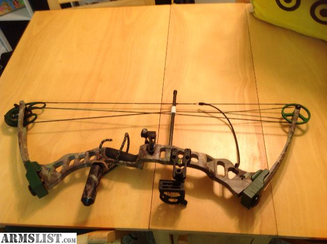 Have a fred bear quot element quot compound bow hard case camo quiver