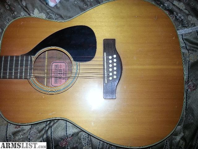 Str Yamaha Acoustic Guitar