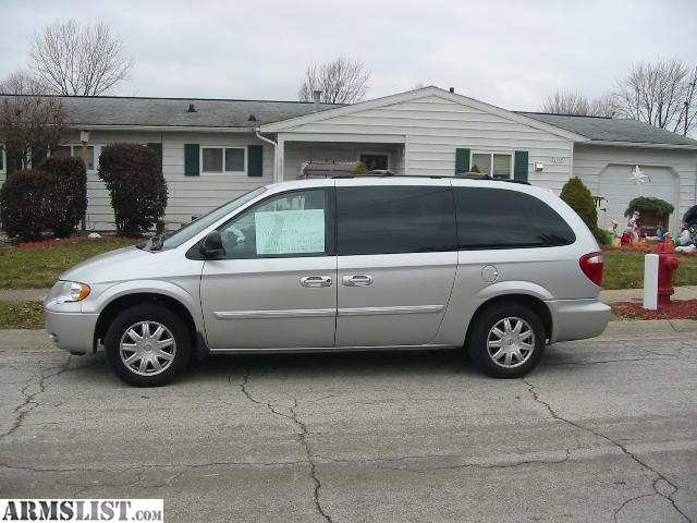 armslist for sale 2007 chrysler town and country stow go van with. Cars Review. Best American Auto & Cars Review