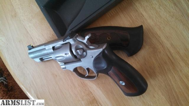Ruger gp100 wiley clapp edition 357 mag stainless finish very nice
