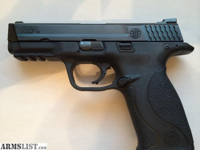 For Sale: Smith & Wesson MP40