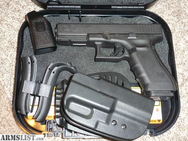 ARMSLIST - For Sale: Glock 17 Gen 4 9mm Pistol w/ Holster