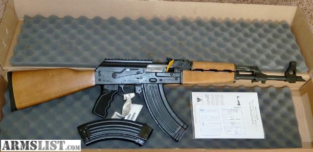http://cdn2.armslist.com/sites/armslist/uploads/posts/2012/09/05/548032_02_zastava_pap_m70_ak_47_640.jpg